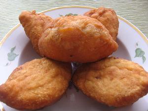дрожжевые пирожки с капустой