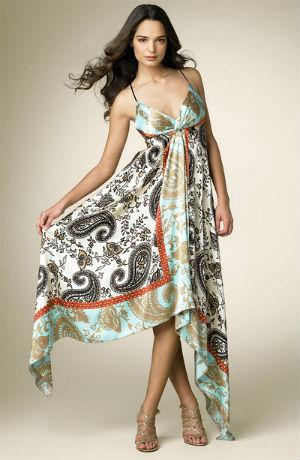 платье из платков с рисунком пейсли