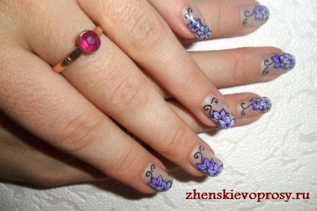"""рисунок на ногтях """"Цветы"""""""