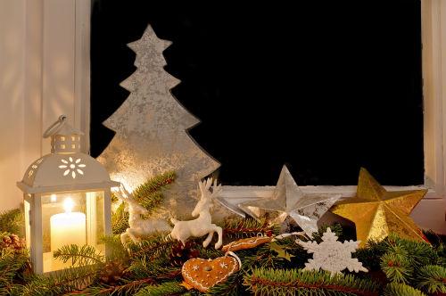 новогодний декор подоконника