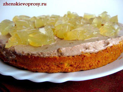 бисквитный торт со сметанным кремом и ананасовым желе