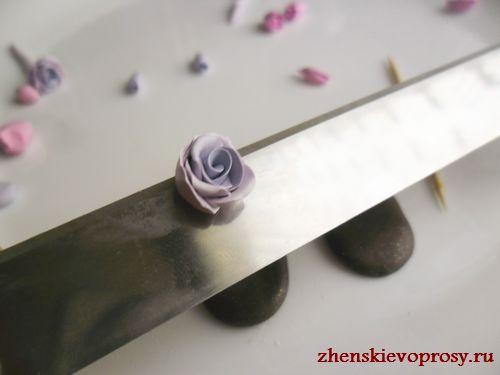 срезать низ розы
