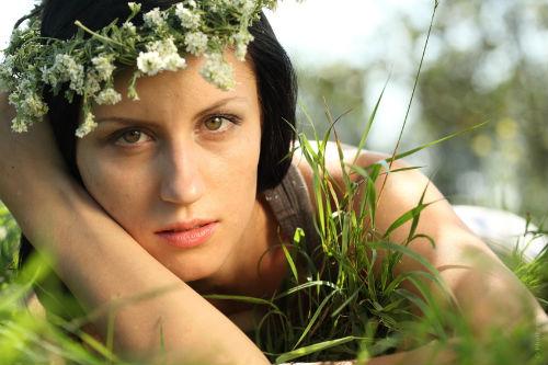 цвет волос для зеленых глаз