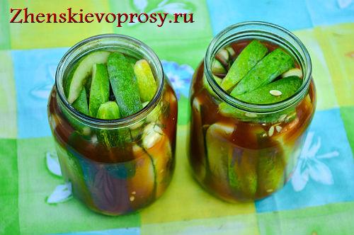 ogurcy-v-tomate-na-zimu-11