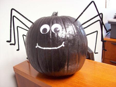 паук из тыквы