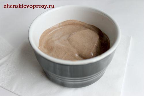 разложите крем по формочкам