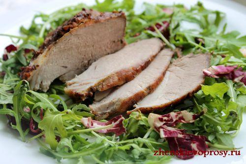свинина, запеченная в духовке