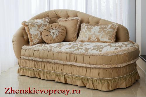 диванные подушки в винтажном стиле