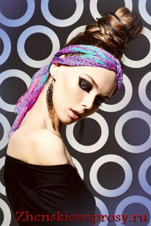 платок на голове в виде повязки