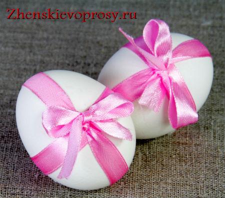 как украсить пасхальное яйцо ленточкой