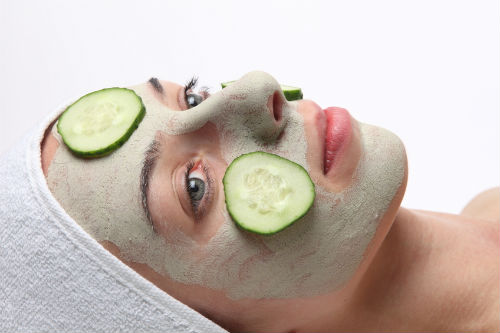 Как увлажнить кожу лица?