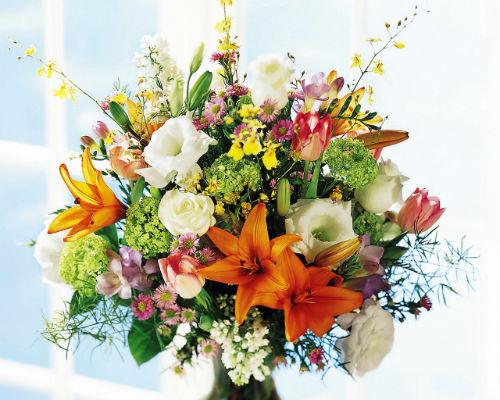 Как сделать, чтобы цветы дольше стояли?