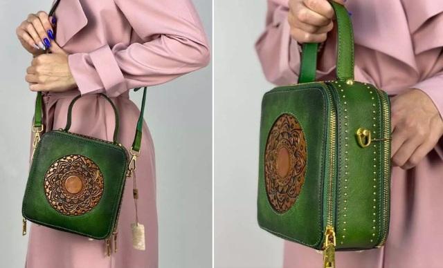 сумочка с тиснением