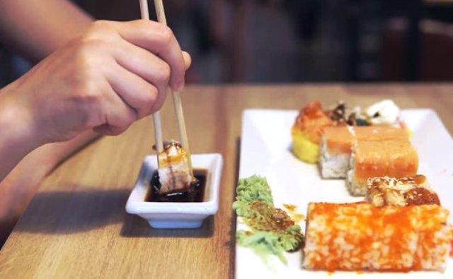 заказ на дом суши
